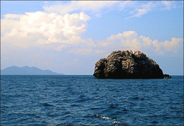 Sail Rock dive site in Thailand